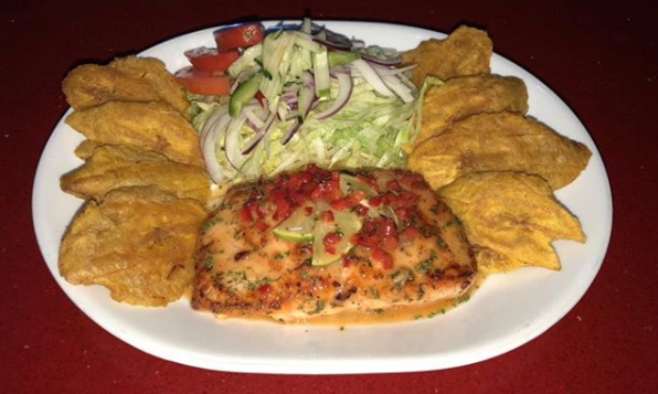 Humacao Restaurant and Lounge